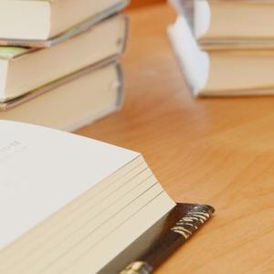秩序あるワークスペースで 勉強も読書も効率的に