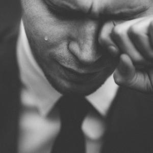 泣きたい時に泣いとけ