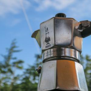 キャンプでコーヒーならエスプレッソが断然オススメな3つの理由。簡単・早い・美味しいで何度でも楽しめます。
