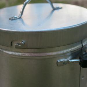 BUNDOKのチャコール缶(火消し壺)をレビュー!必需品だけど見逃しがちな縁の下の力持ち