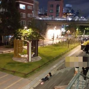夜の弘大♪おひとりさまの居心地ヨシな、大人っぽカフェ(^^)/