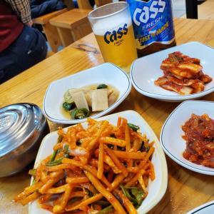 実は私「ご飯少なめで」が韓国の食堂では難しいときがあるって知らなかったの~(TДT)。