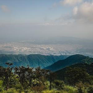 【塔ノ岳】バカ尾根の異名はダテじゃない!?塔ノ岳へのアクセスとルート【山行記録】