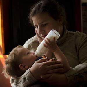 人間の無限のチカラ、ミルクを飲まない赤ちゃん