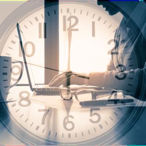 時間は未来から過去へと流れていく