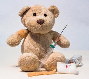 ワクチン打つか打たないか