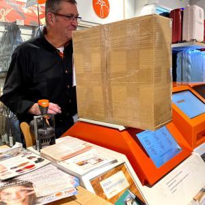 プレハネで1番高い買い物と、オランダから荷物の発送