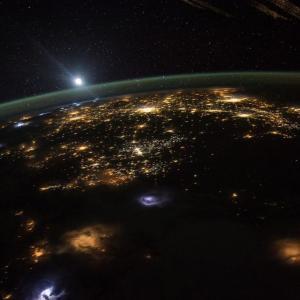 今夜4/7(火)は天体観測!国際宇宙ステーション[きぼう]&明日にかけ今年最大のスーパームーン!