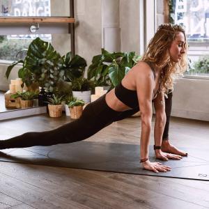 コロナ太り対策★痩せたい!New York City Ballet Workout がオススメ♪その他参考にしている動画を紹介