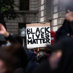"""ビリー・アイリッシュが訴えた、なぜ""""All lives matter""""は間違っているのか:とても分かりやすくて大切なメッセージ"""
