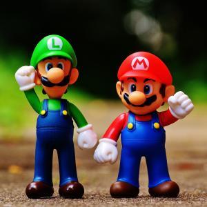 ゲームは何歳から?小3息子、ビデオゲームが欲しいと騒ぐ