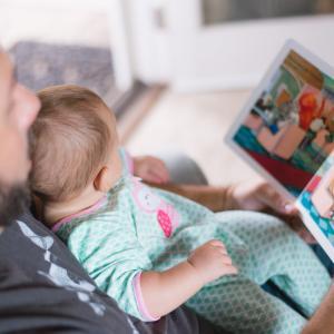 赤ちゃんに何度も読んだ絵本10選
