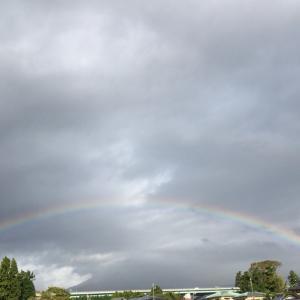富士山にかかる虹❣️
