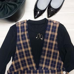 秋に大活躍なジャンパースカートは大人っぽく。