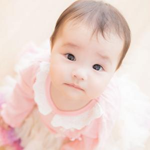生後1歳までの成長過程と発育・発達について