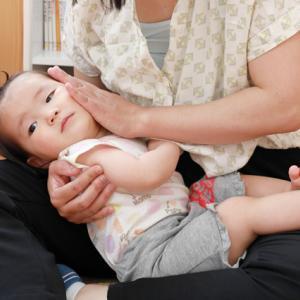 断乳と卒乳の違いは?それぞれの時期とタイミングはどう違う?