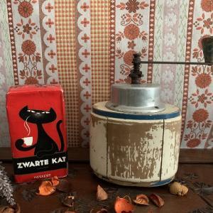 【新着商品】アルミ木製のヴィンテージ手動コーヒーミル