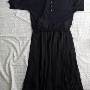 【シフォンプリーツスカート】女性らしさを演出する