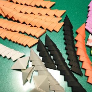 挑戦・折り紙細工・・・90歳超え?