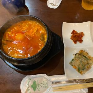 地元の韓国料理屋さんでランチ〜グツグツがたまらない‼️