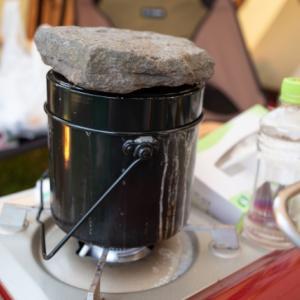 キャンプに最適!飯盒が炊けるガスコンロ3選!
