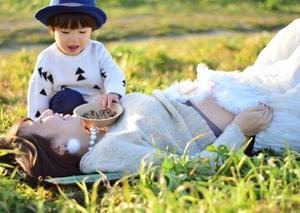 【ママは天才児を作る世界最高教師】成長期に胎教育をするママたち!
