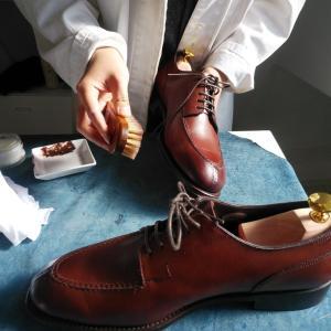 プロに靴を磨いてもらいました