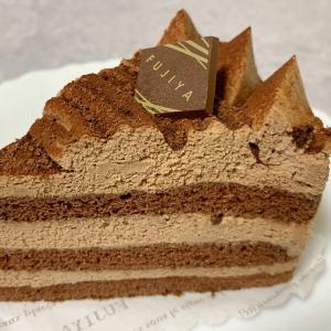 不二家のチョコ生ケーキが甘くてフワフワだった