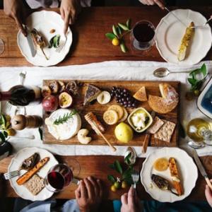 チーズプレートの盛り付け方~美しさと美味しさをお洒落に演出するコツ