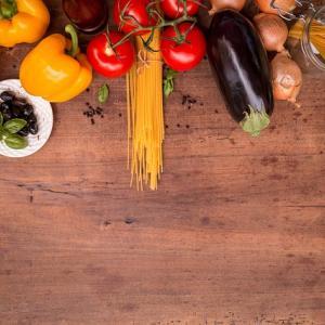 【解決】一人暮らしで食費を抑える方法