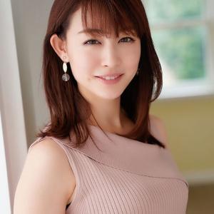 『新井恵理那アナ 仮眠の上下ジャージー姿披露 貴重ショットにファンも「新鮮です」』
