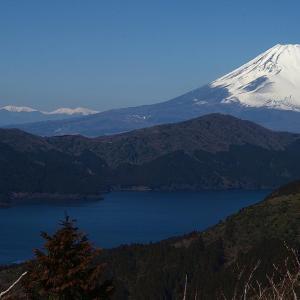 富士をもとめて、その2-箱根「大観峰」からの富士