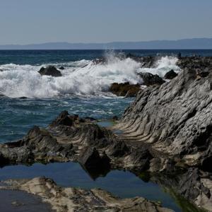 荒崎海岸の波うち風景