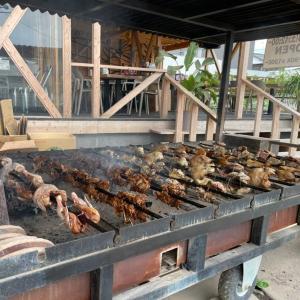 糸島フリフリチキン おすすめメニューを食べた感想。人気のハワイ名物フリフリチキン専門店!