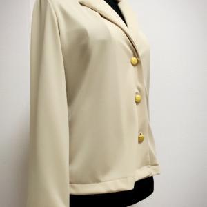 軽くて着やすい ニットで作るジャケット