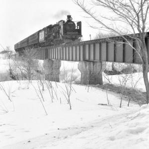 宗谷本線 士別の鉄橋でC5550を撮る