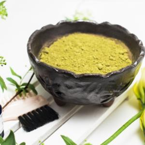 ヘナ染めのかかる時間と手間、匂いを軽減する方法