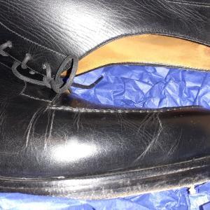 クラックのある革靴はまだ活躍できるのか