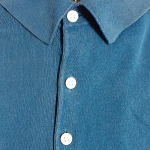貝のボタンは捨てられない(ポロシャツのボタン移植)