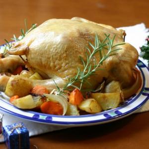 不妊治療と鶏肉の関係 クリスマスチキンを食べると不妊症になる?