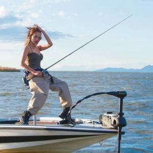 NEWSポストセブン『モデル美女の大胆釣りコーデ「ファッション面から釣りの魅力伝えたい」』