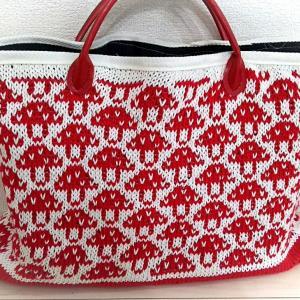 棒針編みのトートバッグ完成しました。