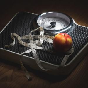 ダイエットに失敗する人は体重計に乗っていた!ダイエットの目標を体重に設定している人も要注意!
