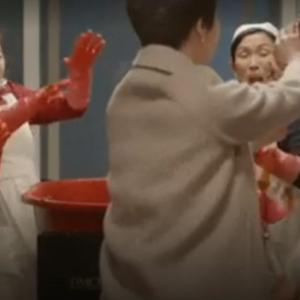 韓国朝ドラ、怒りのスキル!作りたてキムチで顔をもみくちゃに!