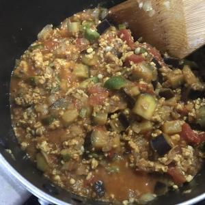 【簡単レシピ】夏野菜のスパイスカレーを作ってみよう!