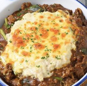 【男子ごはん】「牛肉とほうれん草の焼きチーズカレー」のレシピ| #646 この寒い時期にぴったりの料理