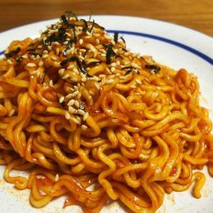 YouTubeでも有名な韓国の激辛炒め麺 三養「激辛ブルダック炒め麺(カップ麺)」