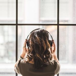音楽で癒しやストレス解消!おすすめの曲をシチュエーション別に選曲してみた