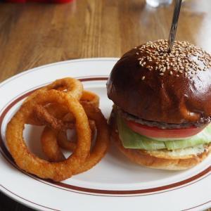 【CAFE.ALPS】荏原中延駅の山小屋カフェで極上のハンバーガー!