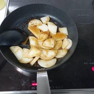 シリコン調理スプーン、シリコン菜箸…ぶっちゃけ使用感どうなの?【キッチンツール】